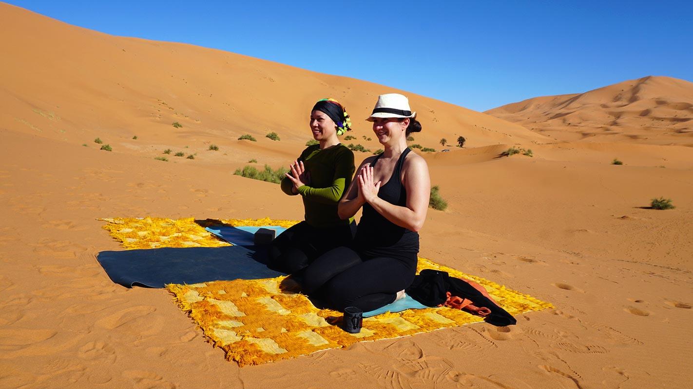 Yoga en el desierto